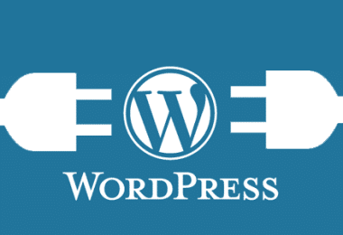 Image principale article - CHOISIR ENTRE WORDPRESS.COM ET WORDPRESS.ORG - logo wordpress et prises